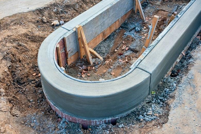 Concrete-Curb-Contractors-Kent-WA