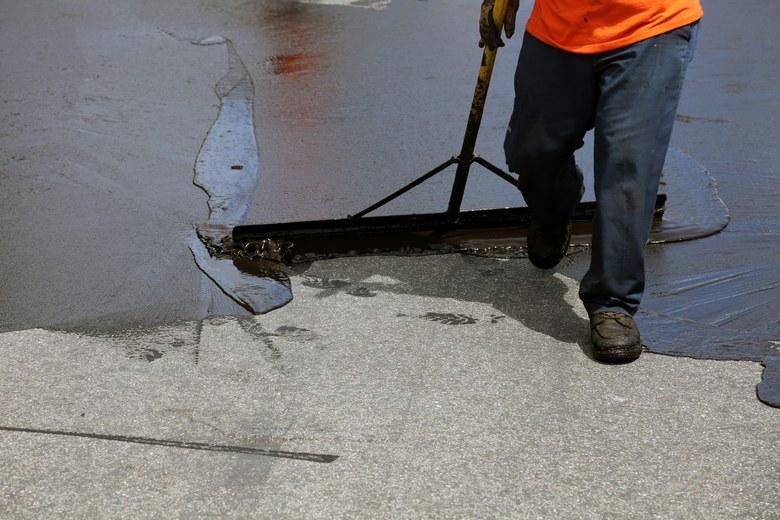 Crack-Sealing-Contractors-Kent-WA